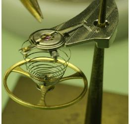 Edle Faszination: Die eigene Armbanduhr bauen