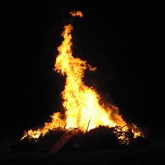 Mitternachts-Feuer